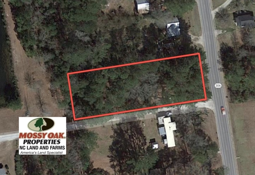 0.718 Acre Vacant Lot For Sale in Pamlico County NC!
