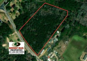4 Acres of Residential Land For Sale in Bladen County NC!