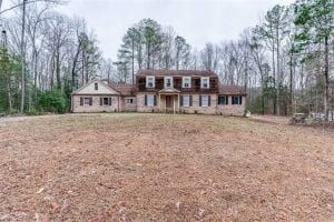 UNDER CONTRACT!!  5.11 Acres of Residential Land With Home For Sale in Dinwiddie County VA!